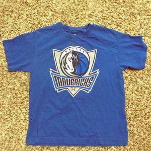 Dallas Mavericks t shirt